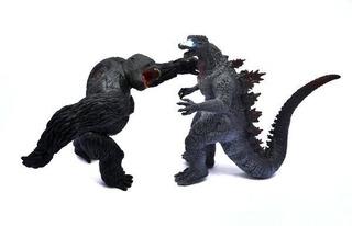 Godzilla Vs King- Kong Kit 30 Cm Con Sonido * Envió Gratis*