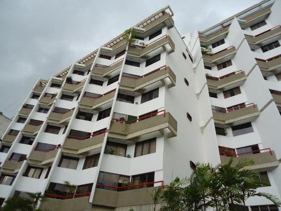Apartamento En Venta,los Palos Grandes,caracas,mls #20-10250