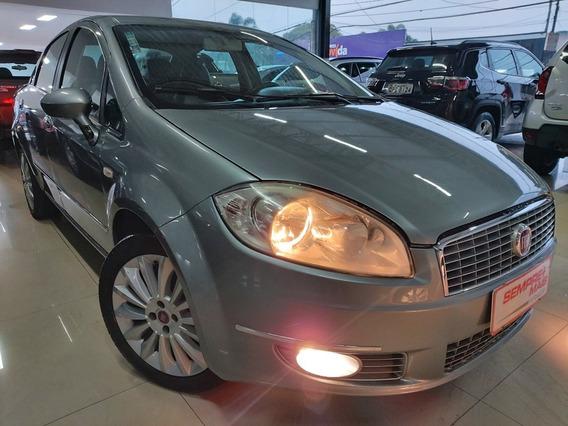 Fiat Linea 1.8 16v Essence Flex Dualogic 4p 2013