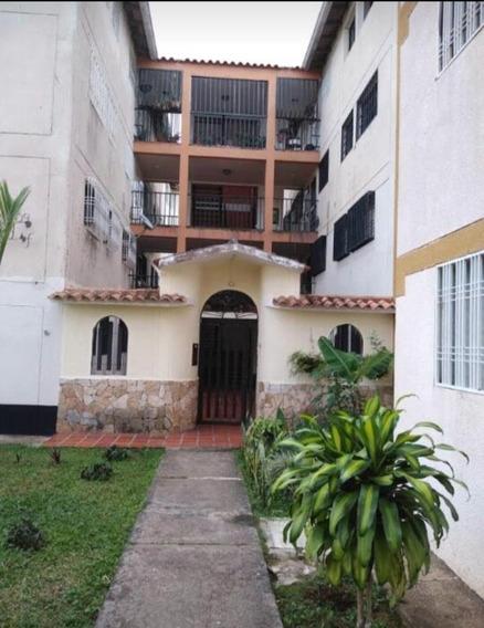 Se Alquila Apartamento En Los Teques Iv Etapa, San Cristobal