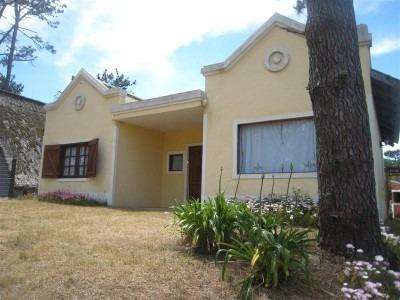 Alquiler Casa En La Paloma, Uruguay- 6 Pax. Solo Marzo 2017