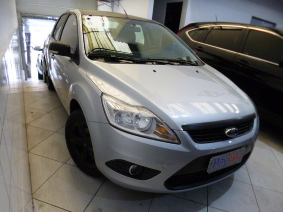 Focus 2.0 Sedan Automatico Flex 2011 Prata