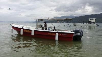 Excursiones De Pesca En Bahía Solano