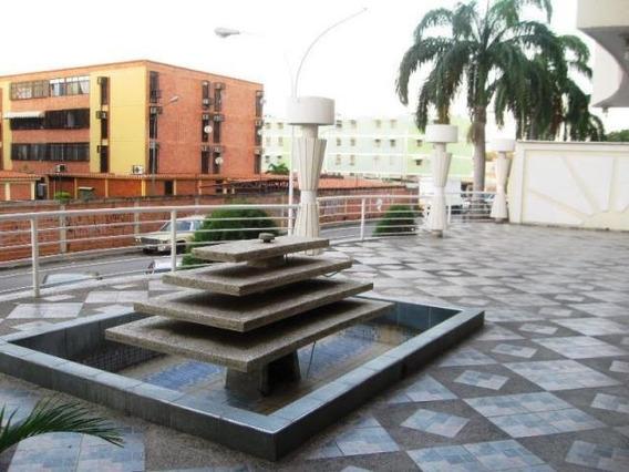 Apartamento En Venta Urb. Los Chaguaramos 20-9828 Jcm