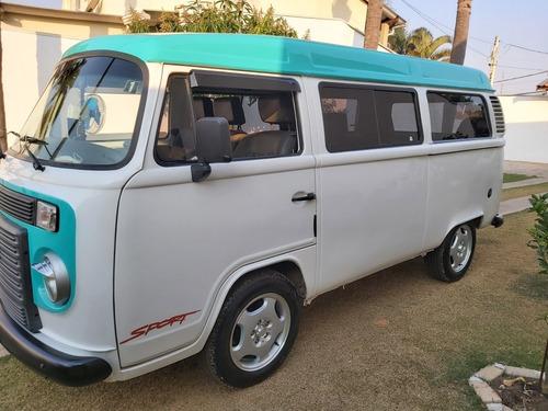 Imagem 1 de 15 de Volkswagen Kombi 2013 1.4 Standard Total Flex 3p