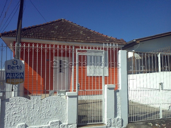 Casa Em Coronel Aparício Borges Com 2 Dormitórios - Bt7699