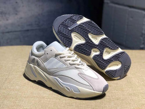 Yeezy Boost 700 Analog