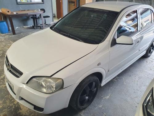 Imagem 1 de 5 de (1) Sucata  Astra Sedan 2.0 2011 Flex  (retirada Peças)