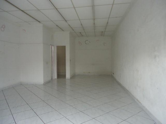 Salão Comercial Para Locação Com Residencias Nos Fundos, Utinga, Santo André. - Sl0073