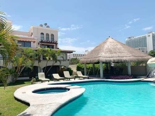 Bonita Casa En Residencial Cascada Km 14 Zona Hotelera