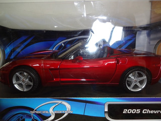 Corvette C6 Convertible 1:18