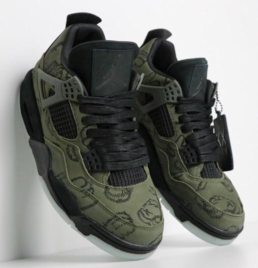 Zapatillas Nike Kaws X Air Jordan 4 black