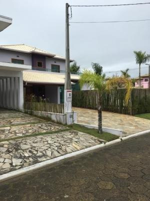 Casa De Alto Padrão Em Peruíbe Com 4 Dormitórios