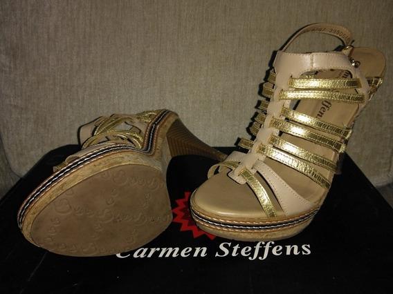 Sandália Dourada Carmen Steffens