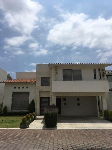 Casa En Renta Calimaya Rancho El Mesón 15-cr-6171