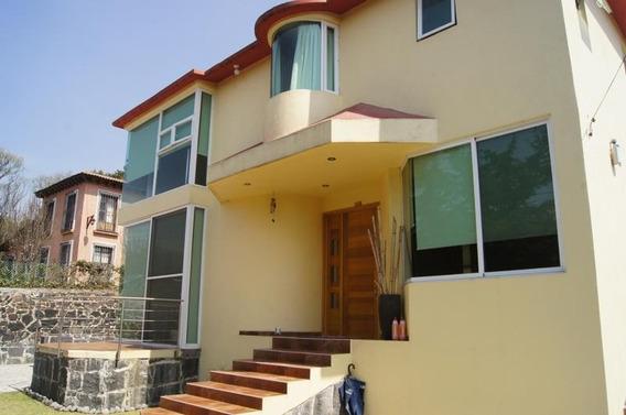 Nueva Y Moderna Casa Con Excelentes Acabados En La Tranquilidad Del Campo