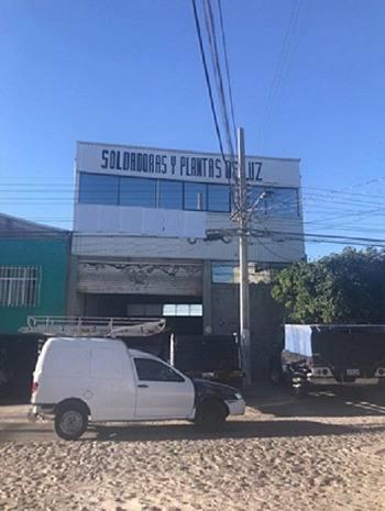 Local Comercial Tipo Bodega En Venta A Pie De Autopista Mex-qro