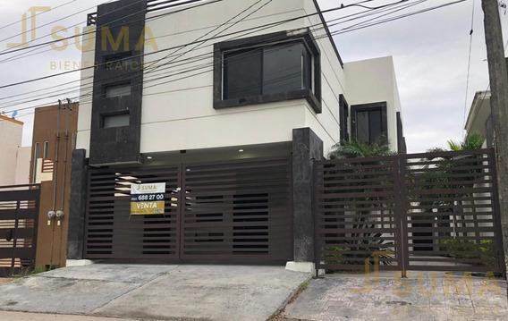 Casa En Venta En Ampliación Unidad Nacional, Cd. Madero.