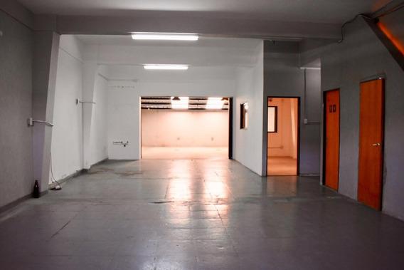 Galpón En Venta 130 M2. 2 Baños Villa Martelli