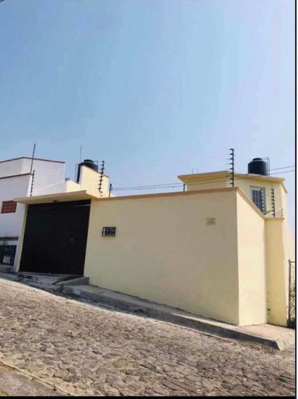 Casa Amueblada De 179 M2, Con Alberca, Jacuzzi Y Garage