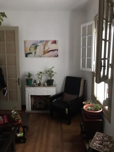 Vendo Apartamento 2 Dormitorios Centro Tres Cruces Inversion