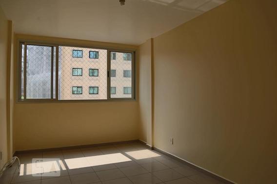 Apartamento Para Aluguel - Bela Vista, 2 Quartos, 68 - 892998486