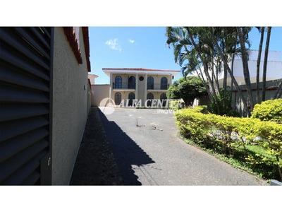 Sobrado Com 4 Dormitórios Para Alugar, 300 M² Por R$ 7.500/mês - Setor Sul - Goiânia/go - So0225