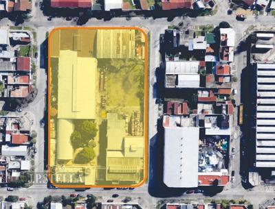 Nave Industrial 8408 M² Tierra -5291 M² Cub - Frente 4 Calles - Lomas Del Mirador