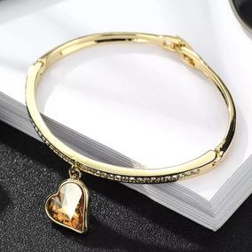Pulseira Bracelete Com Pingente De Coração - Dourado