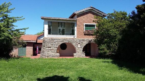 Casa Frente Al Rio. Dormitorio, Altillo, Amplios Amb