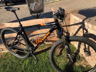 Bicicleta Trek Xcaliber8