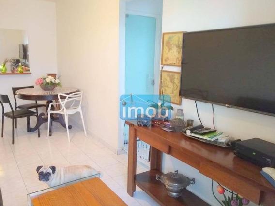 Apartamento 02 Dormitórios, Sala Com Sacada, Em Santos. - Ap6846