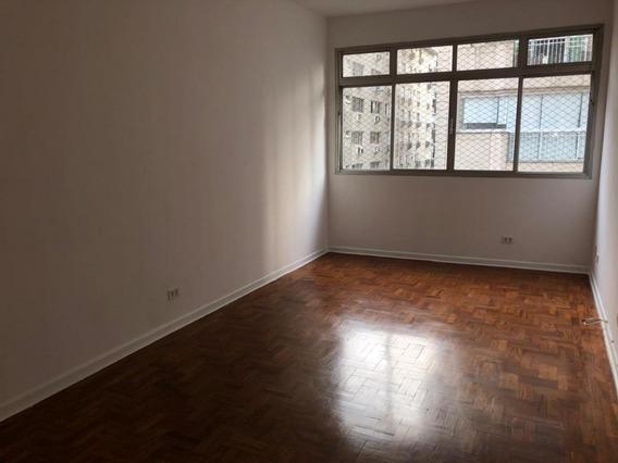 01 Dormitório, Com Total Praticidade De Acesso - Ap6408