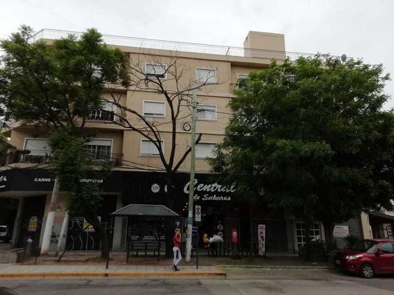 Departamento 3 Ambientes Centro Muñiz.-