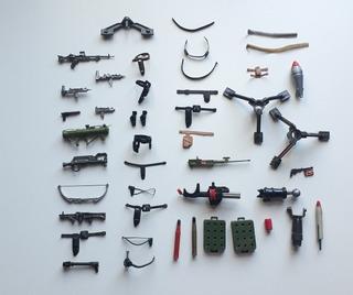 Lote : 36 Armas Y Accesorios De Rambo Y Varios