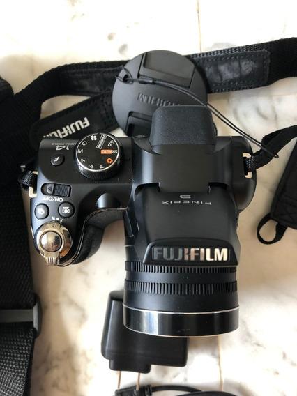 02 Câmeras Fujifilm Finepix S4500 + Samsung Tl-220