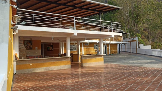 Best House Vende Hermosa Y Amplia Quinta En El Junquito
