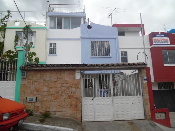 Vendo Casa 120mde Constr En 3 Pisos Construidos En Ambato