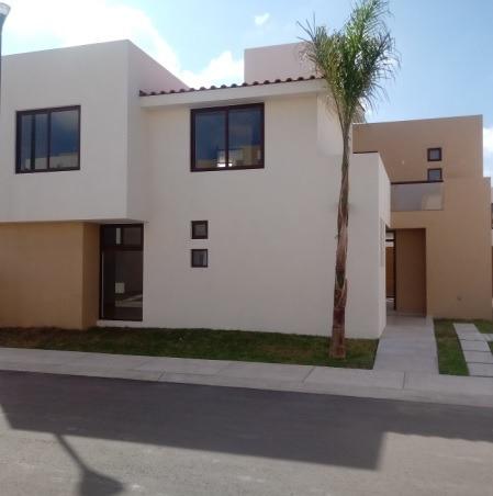 Querétaro, Puerta Real, Casa En Renta!