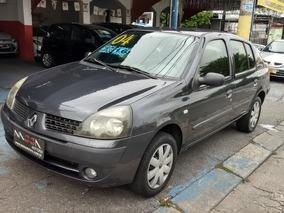 Renault Clio Sedan 1.6 Privilège Completo