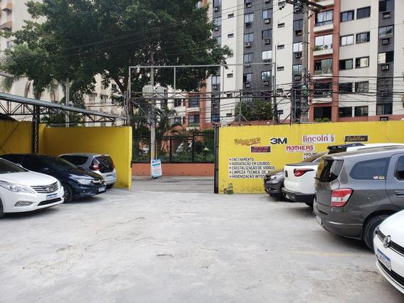 Estacionamento E Lava-jato