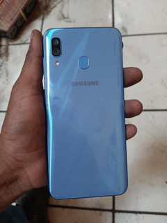 Samsung A30 Para Piezas (pantalla Quebrada)