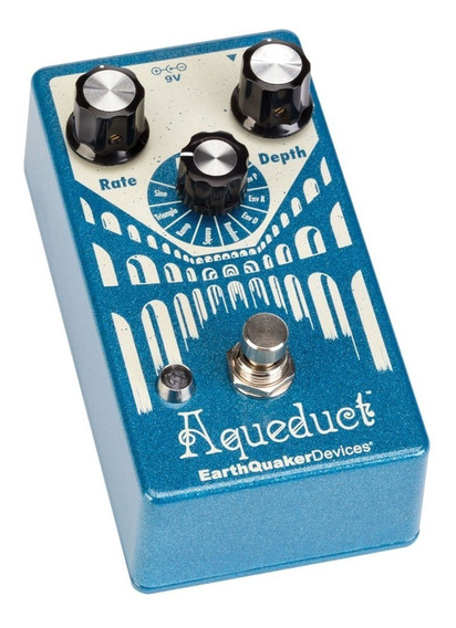 Aqueduct Vibrato Earthquaker Devices