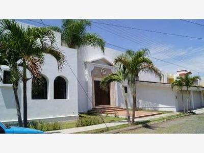 Casa Sola En Venta Jardines De Vista Hermosa, Cerca De Iglesias, Bancos Y Varios Negocios...