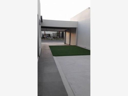 Casa Sola En Renta Aurea Residencial