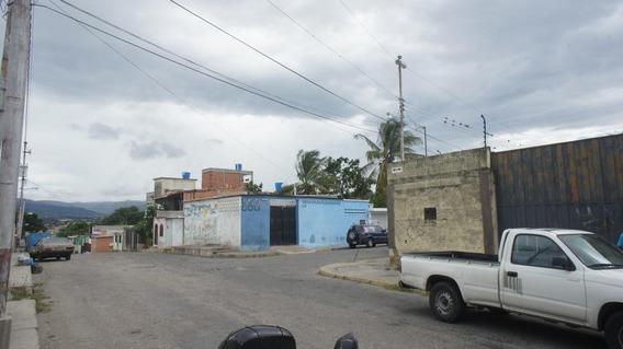 Oficina En Alquiler Barquisimeto Zona Este 21-8426, Selena P