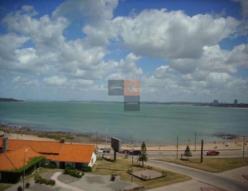 Espectacular Apartamento Frente Al Mar. Muy Espacioso Con Vista A La Mansa Y A La Brava.- Ref: 1396