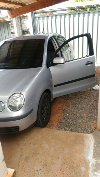 Volkswagen Polo Sedan 1.6 4p 2004