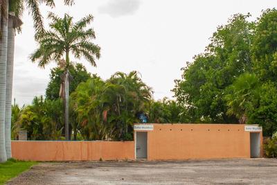 Venta De Hermoso Casco De Hacienda En Tenabo, Campeche