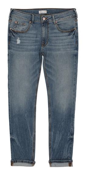 Jeans Con Pequeñas Destrucciones De Hombre C&a 1053460